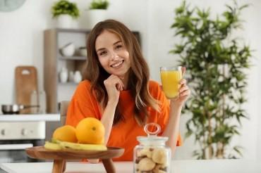 Uống nước cam trước khi đi ngủ không tốt như bạn nghĩ!