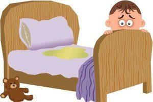 Gợi ý những mẹo đơn giản khử mùi khai và làm sạch đệm khi bé tè dầm