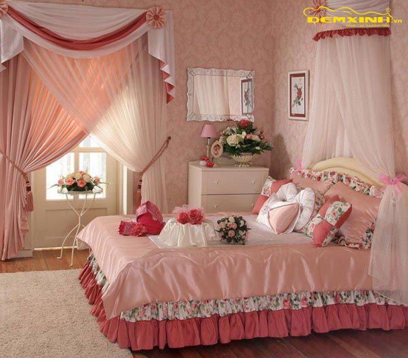 Cách gấp chăn ga giường cưới đẹp miễn chê cho đêm tân hôn ngọt ngào